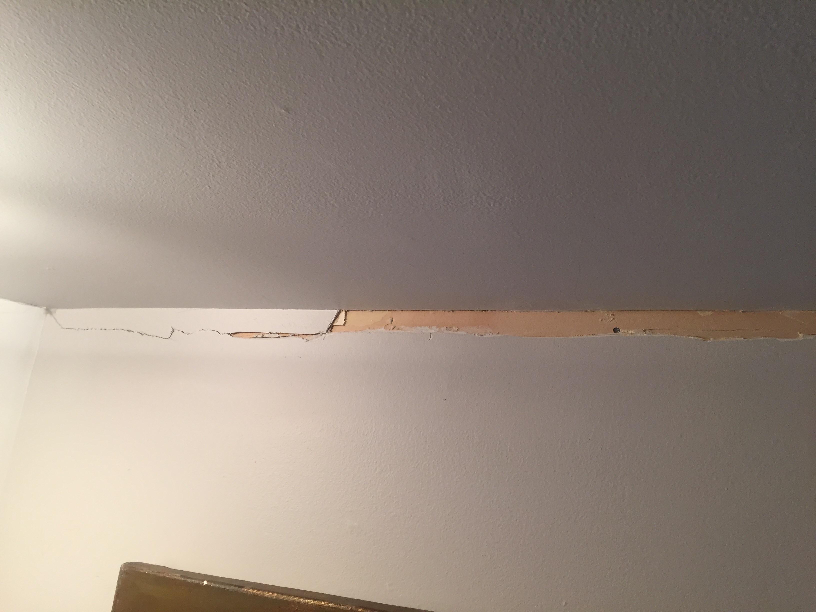 Corner cracks repair, 1950 house-image_1556368025538.jpg